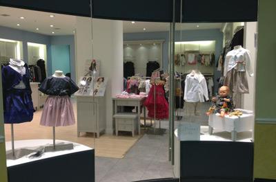 original les dernières nouveautés grand choix de Boutique Vêtements Enfants Mariage Cortège à Paris,...