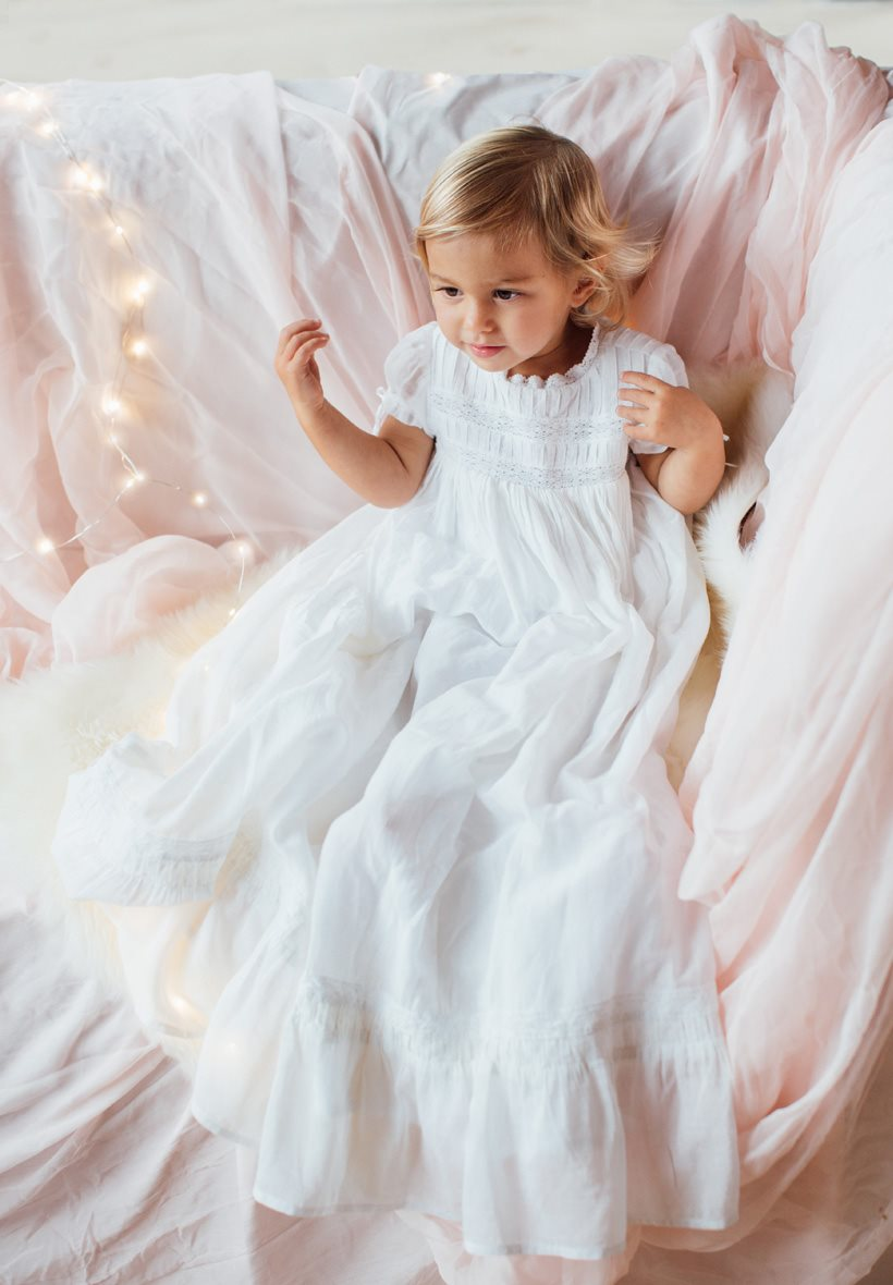9bcf566b899db Robe de Baptême Traditionnelle longue pour Bébé
